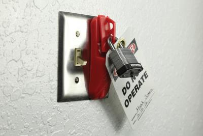 Universal Blockout Wall Switch Cover